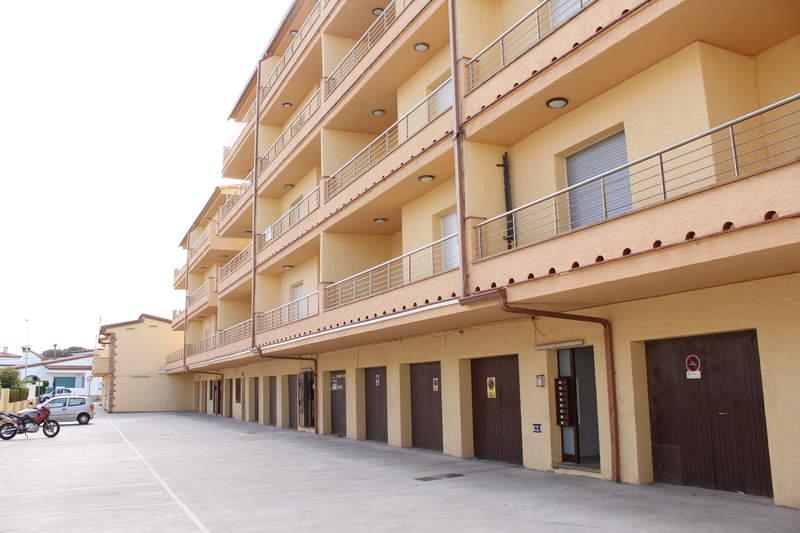 апартамент -                                       L´escala -                                       3 спальни -                                       0 человека