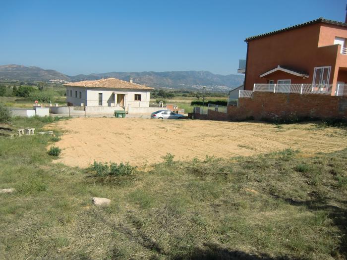 земельный участок -                                       Pedret I Marzà -                                       0 спальни -                                       0 человека